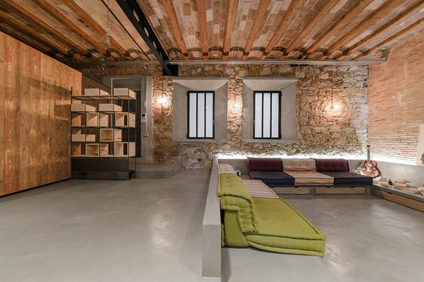Industrial Salón by FFWD Arquitectes