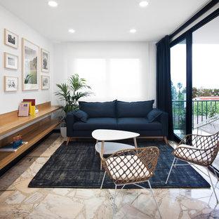 Foto de salón para visitas cerrado, contemporáneo, con paredes blancas, suelo de mármol y suelo beige