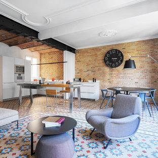 Ejemplo de salón para visitas abierto, industrial, de tamaño medio, sin chimenea, con paredes blancas, suelo de baldosas de cerámica y suelo multicolor