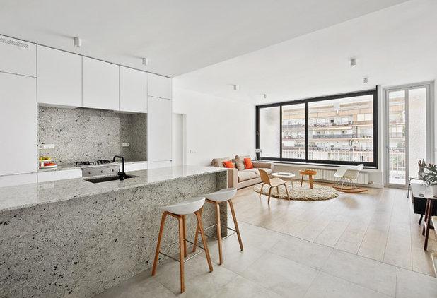 Contemporary Living Room by Raúl sánchez Architects