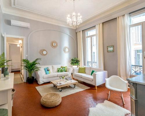 ralisation dun salon tradition de taille moyenne et ferm avec un mur gris - Idee Deco Salon Avec Mur Pierre