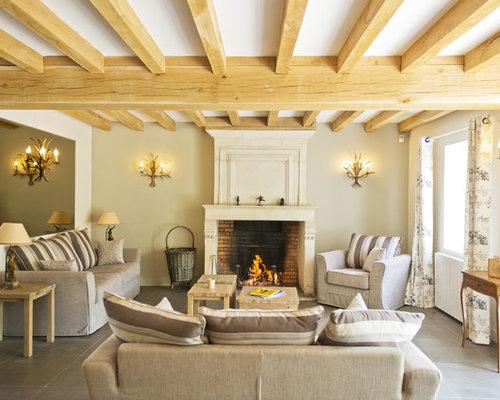 salon avec un manteau de chemin e en brique photos et id es d co de salons. Black Bedroom Furniture Sets. Home Design Ideas