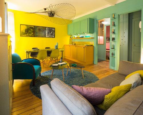 salon avec un mur jaune photos et id es d co de salons. Black Bedroom Furniture Sets. Home Design Ideas