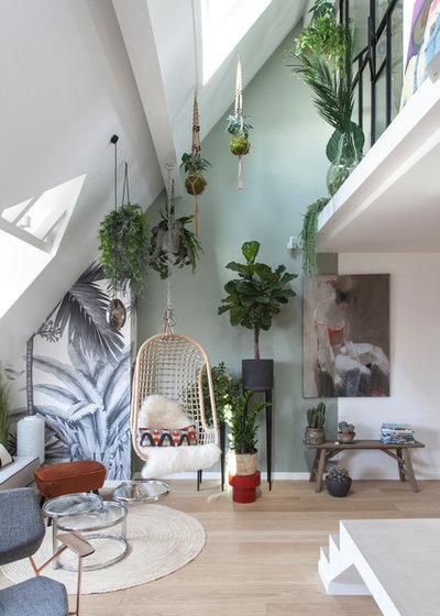Modern Wohnbereich by Bertrand Fompeyrine Photographe