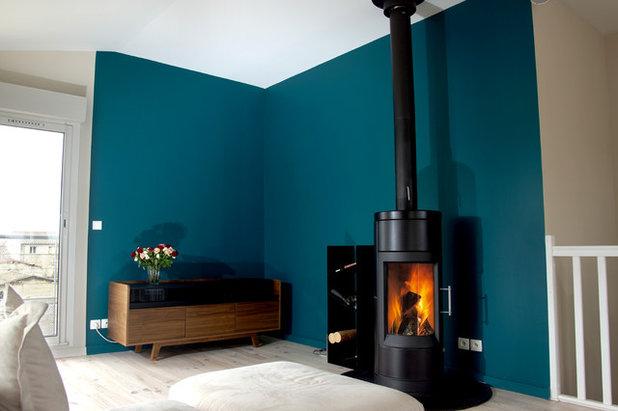 petrol unsere farbe des monats dezember. Black Bedroom Furniture Sets. Home Design Ideas