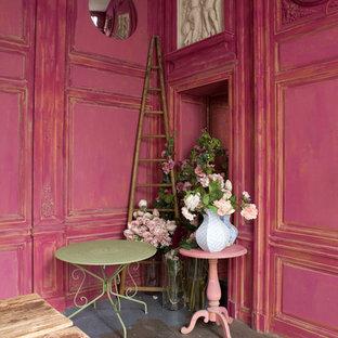 Cette photo montre un salon romantique.