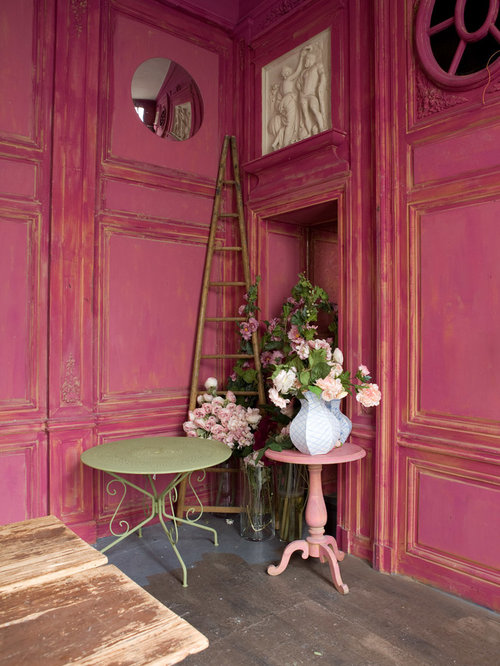 Shabby chic style pink living room design ideas remodels for Cheminee shabby chic