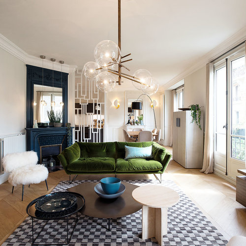 mid century wohnzimmer mit eckkamin ideen design bilder houzz. Black Bedroom Furniture Sets. Home Design Ideas