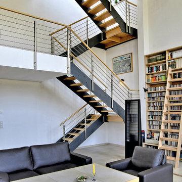 Escalier industriel dans un loft