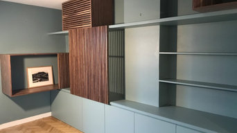 Espace de rangement sur mesure dans un appartement à Paris.