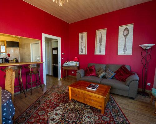 Soggiorno con pareti rosse digione foto e idee per arredare