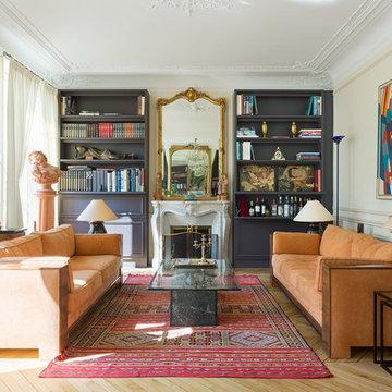 Grand appartement classique, Paris 7e