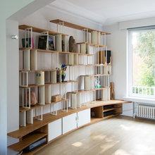 Grande bibliothèque intégrée - Modern - Wohnbereich ...