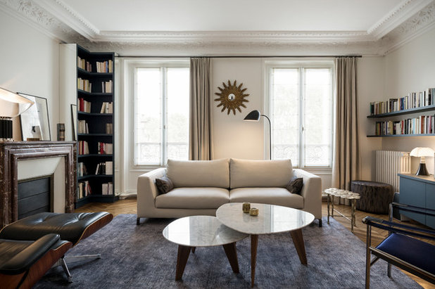 Contemporary Living Room by LM architecture