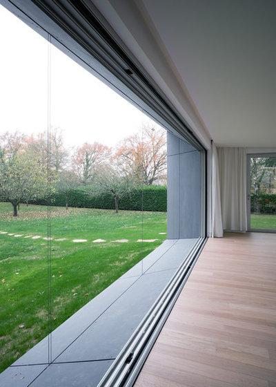 Contemporain Salon by Tristan Brisard Architecte
