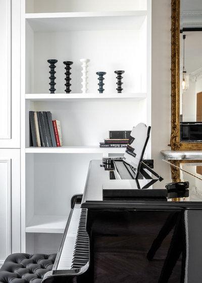 Contemporary Living Room by Miriam Gassmann