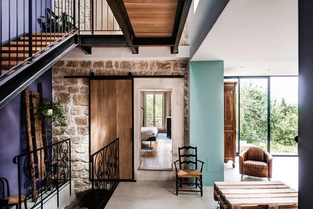 Contemporary Living Room by JPDA