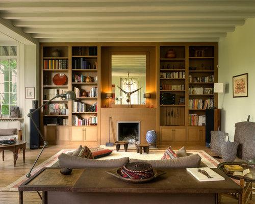 Salon avec un manteau de cheminée en bois : Photos et idées déco de ...