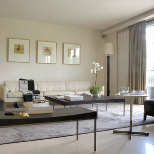 Idee per un grande soggiorno minimalista chiuso con sala formale, pareti bianche e pavimento bianco