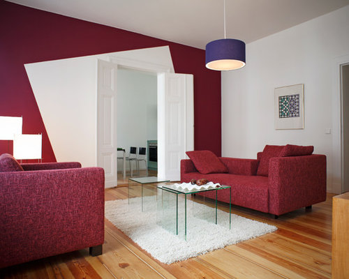 Mid Sized Contemporary Formal And Enclosed Medium Tone Wood Floor Living  Room Idea In Berlin Part 60