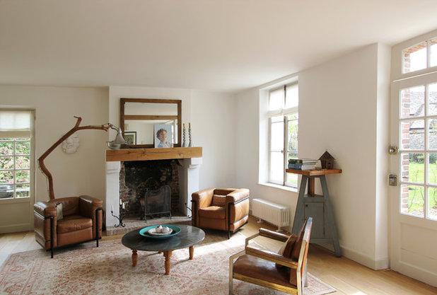 Farmhouse Living Room by A+B KASHA Designs