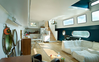 Houzz Tour: A Cool Contemporary Houseboat on the Seine