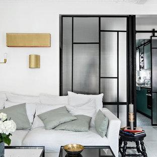 Inspiration pour un grand salon design ouvert avec un sol en bois peint, un mur blanc, une salle de réception, aucune cheminée et aucun téléviseur.