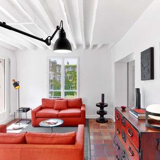 Inspiration pour un salon design de taille moyenne et fermé avec une salle de réception, un mur blanc, un sol en carreau de terre cuite, aucune cheminée et aucun téléviseur.