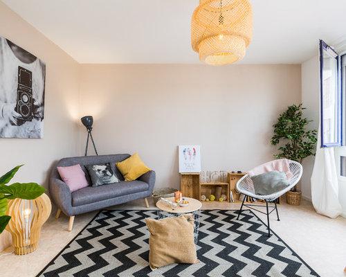Salon scandinave avec un mur beige : Photos et idées déco de salons