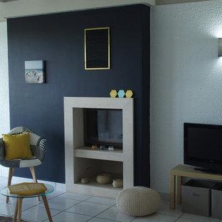 Wohnzimmer Mit Schwarzer Wandfarbe In Bordeaux Ideen Design