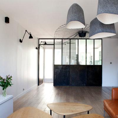 Industriel Salon by Gommez-Vaëz Architecte