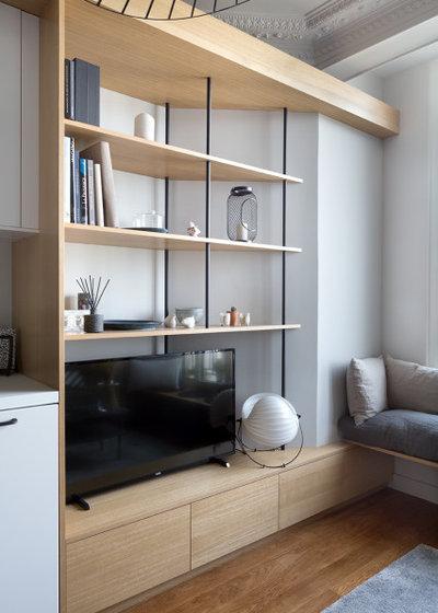 Scandinavian Living Room by Lagom architectes
