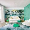 Visite Privée : Explosion de vert pour un appartement parisien