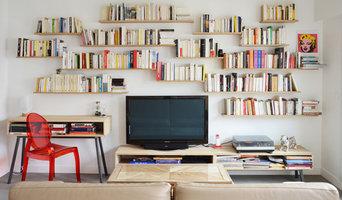 Un livre ouvert - salon contemporain