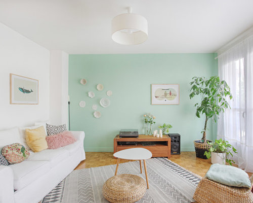 salon scandinave avec un mur vert photos et id es d co. Black Bedroom Furniture Sets. Home Design Ideas