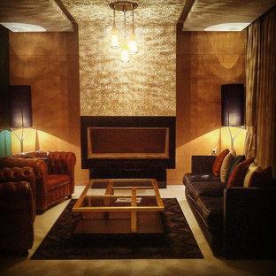 Ispirazione per un soggiorno chic di medie dimensioni e aperto con sala formale, pareti verdi, pavimento in marmo, camino sospeso, cornice del camino in pietra e nessuna TV