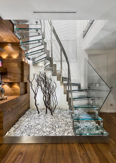 Contemporary Staircase by Arch. Grazio V. Frallonardo