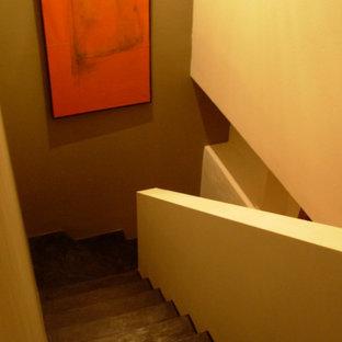 Modelo de escalera en U, actual, extra grande, con escalones de hormigón y contrahuellas de hormigón