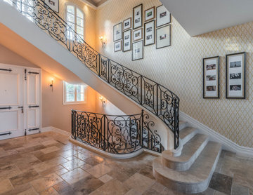 Villa in Cannes - Entrance, stairs