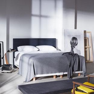 Modelo de dormitorio tipo loft, nórdico, pequeño, sin chimenea, con paredes blancas, suelo vinílico y suelo gris