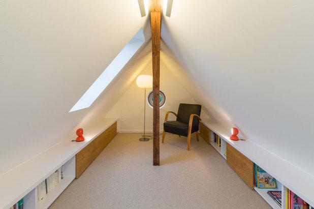 smarta loesningar foer vardagsrum med snedtak