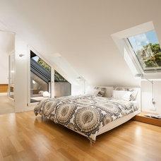 Modern Bedroom by Innenarchitektur-Rathke