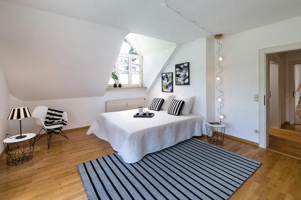 Klassisch modern Schlafzimmer by Mehringer-Photography