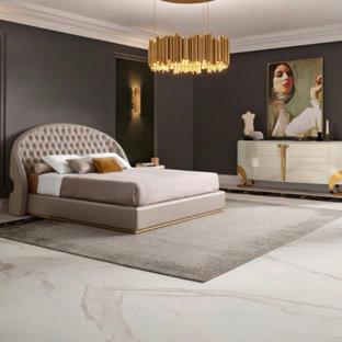 Imagen de dormitorio principal, clásico, grande, con paredes negras, suelo de mármol y suelo gris