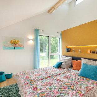 Camera da letto con parquet chiaro Stoccarda - Foto e Idee per Arredare
