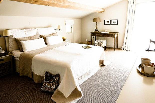 Farbe Des Monats Januar: Elegantes Beige Schlafzimmer Cremefarben