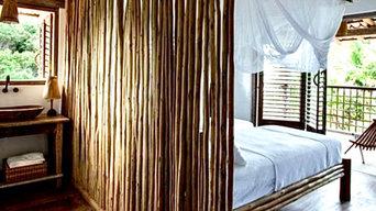 Schlafzimmer eines naturnahen Ferienhauses