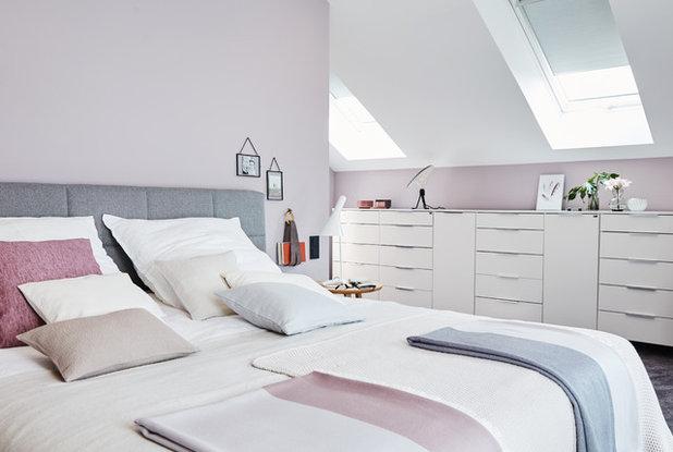 Contemporary Bedroom by Viebrockhaus