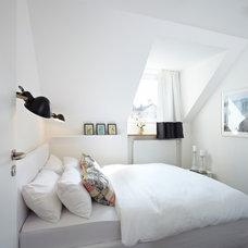 Contemporary Bedroom by Ute Günther INNENARCHITEKTUR & DESIGN STUDIO