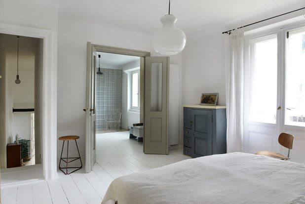 Scandinavian Bedroom by Studio Swen Burgheim
